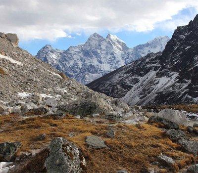 Tashi labsta Pass Trekking
