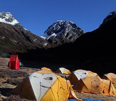 Lumba Sumba Makalu Base Camp Trek